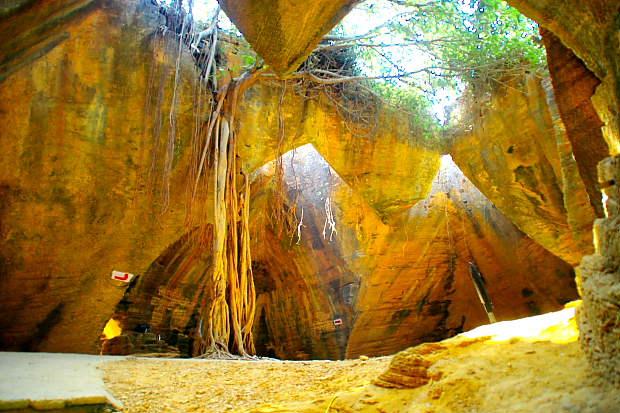 Diu Naida Caves