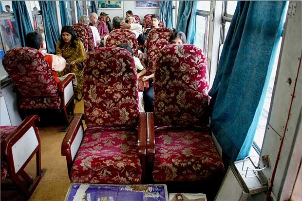 Toy Train Shivalik Express The Luxury Train To Travel From