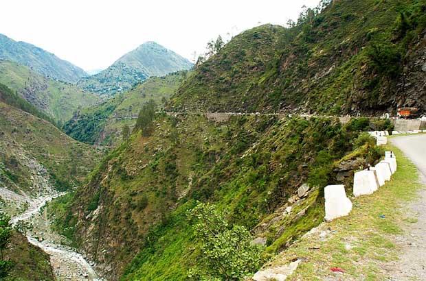 Jammu To Srinagar By Road Through Panitop Anantnag And