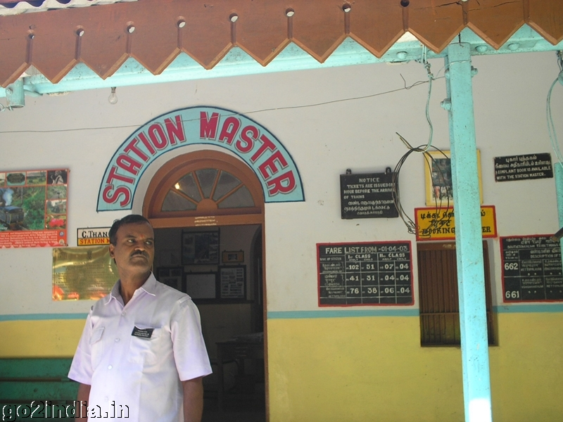 go2india.in : Station master