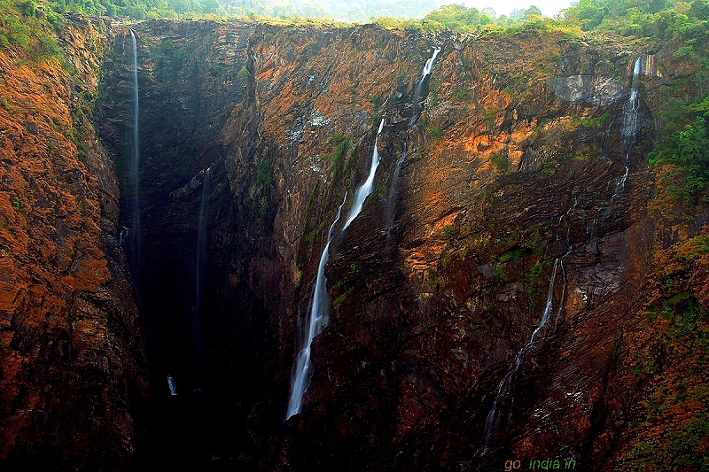 Water falls during early morning in Jog falls