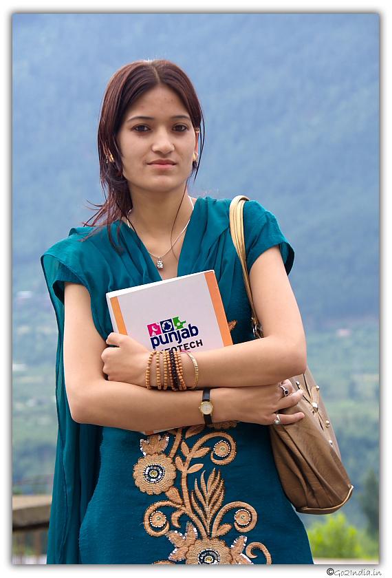 Himachal girls images 83