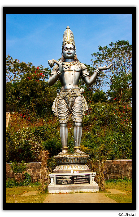 Close of statue at Dwaraka Tirumala