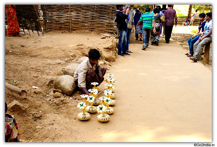 Local tribals selling Handicrafts at Perantalapalli