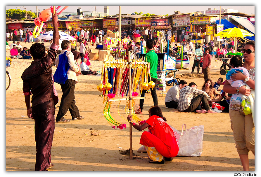 Selling toys, balloons and games at Juhu beach in Mumbai